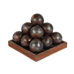 Cannonball pyramid